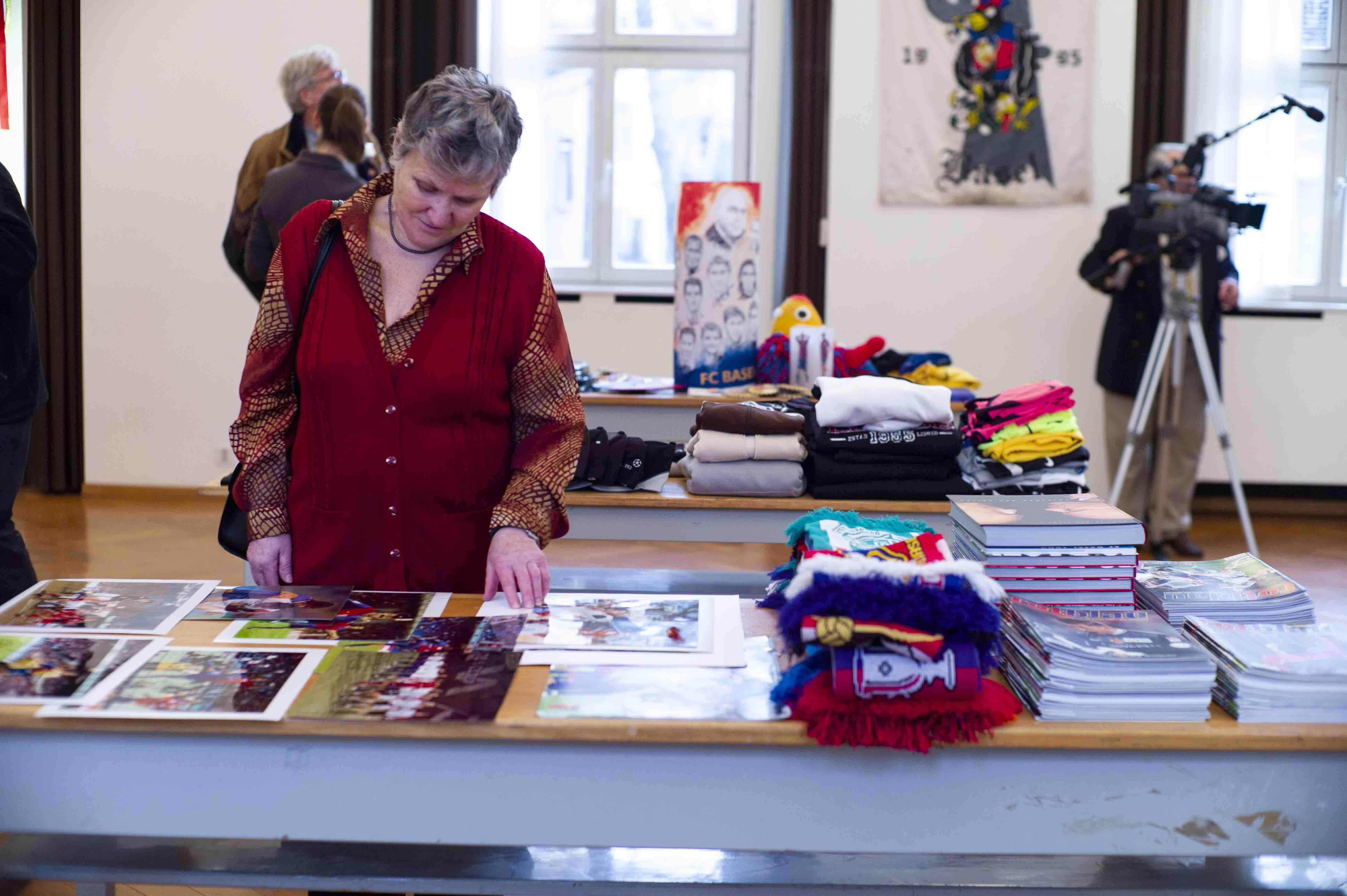 2011 curators cut 09